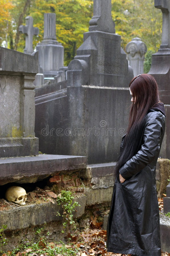Free Woman In Cemetery Stock Photography - 3502852