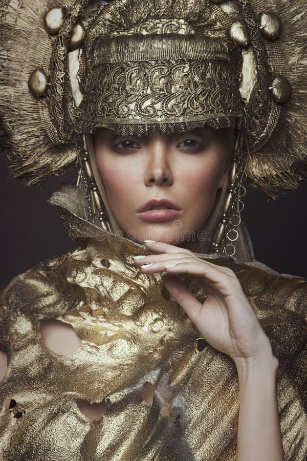 Free Woman In Decorative Kokoshnik Head Wear Stock Photography - 74300552