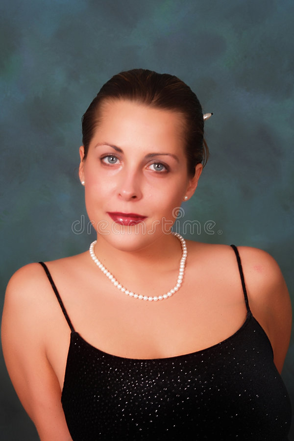 Free Woman In Pearls Royalty Free Stock Photography - 4191177