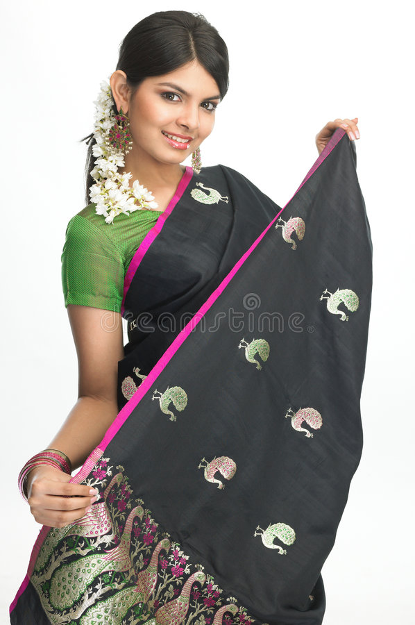 Free Woman In Sari With Nice Expression Stock Image - 7905211