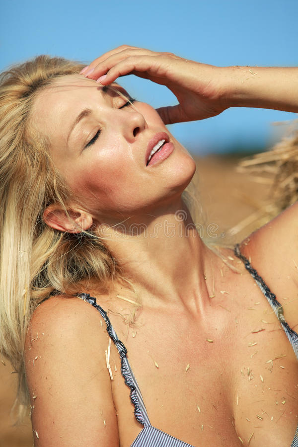 Free Woman Is Suffering Under The Heat Royalty Free Stock Photography - 20899057