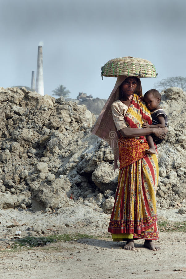 Download Woman Labour in India editorial stock image. Image of population - 19945444