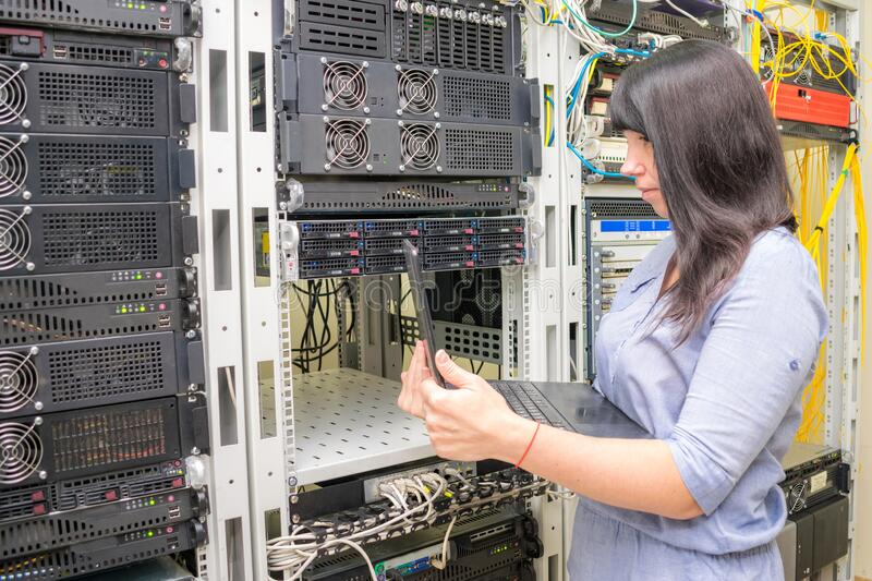 1,334 Woman Computer Server Work Photos - Free & Royalty-Free Stock Photos  from Dreamstime