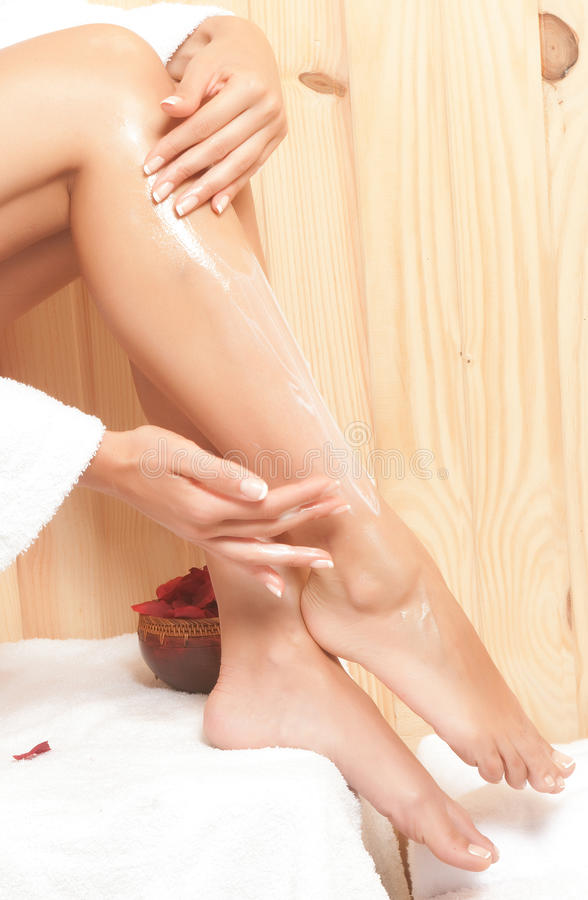 Woman Legs In Spa Royalty Free Stock Images