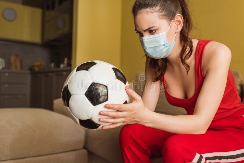209 Football Woman Medical Photos - Free & Royalty-Free Stock Photos from  Dreamstime