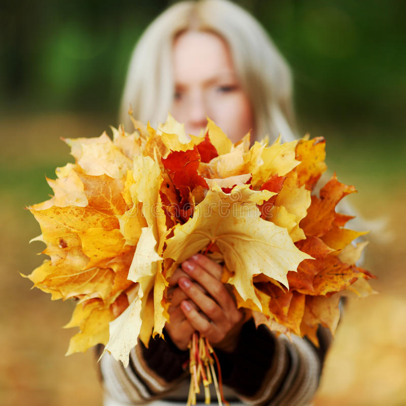 Download Woman Portret In Autumn Leaf Royalty Free Stock Photography - Image: 26237897