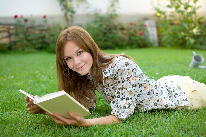Download Woman Reading A Book Stock Photography - Image: 20829282