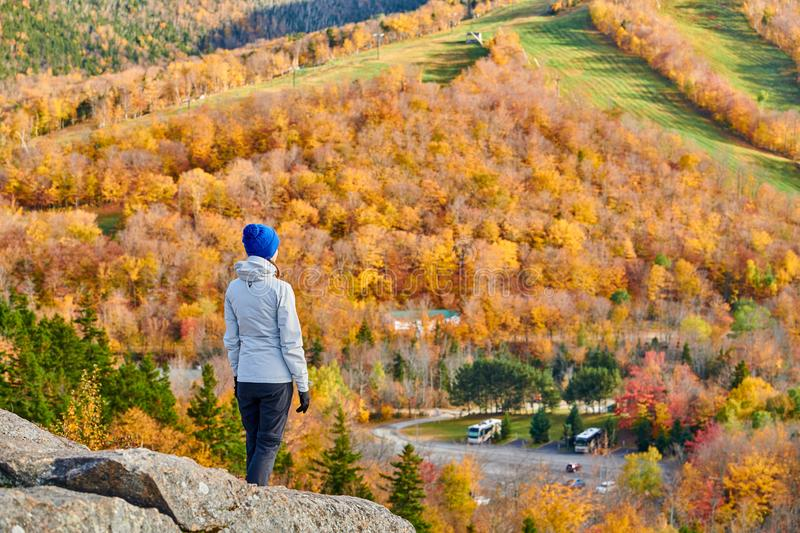 Woman tourist at Artist`s Bluff in autumn stock images