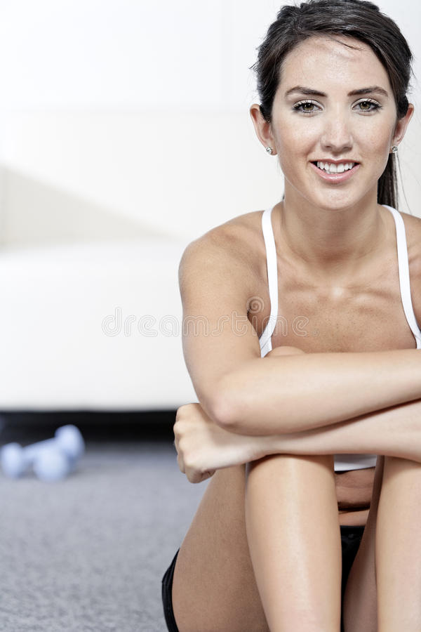 Woman Training With Weights Royalty Free Stock Images