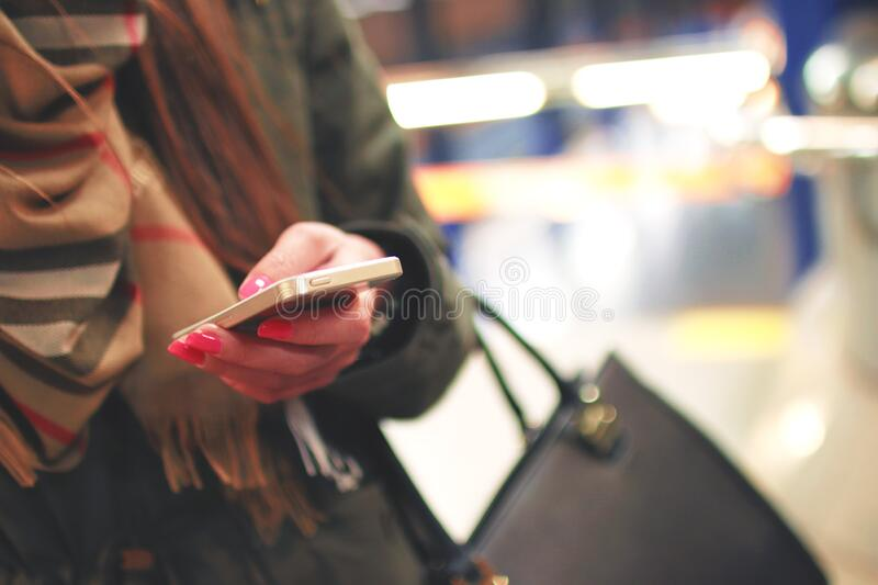 Woman Using Smartphone Free Public Domain Cc0 Image