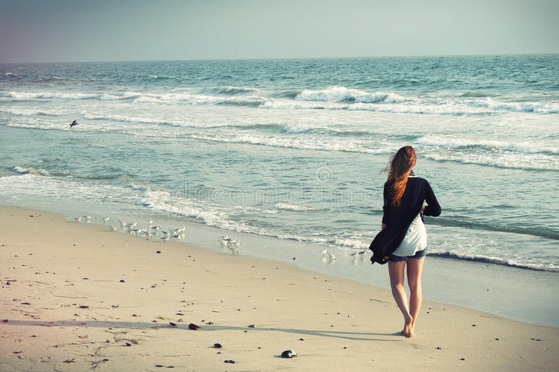 Woman In White And Black Dress On Seashore During Daytime Free Public Domain Cc0 Image