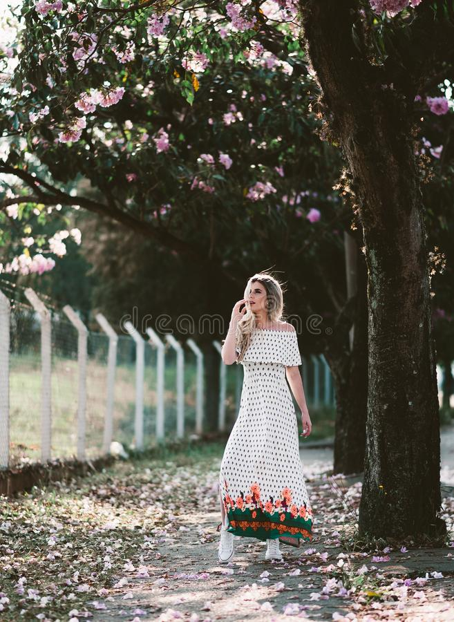 Woman In White Dress Under A Tree Free Public Domain Cc0 Image