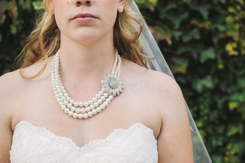 Woman In White Lace Strapless Sweetheart Bridal Gown White Bridal Veil And Pearl Beaded Necklace Free Public Domain Cc0 Image