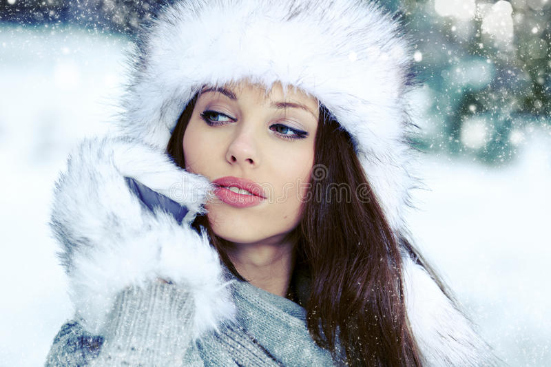 Download Woman In The Winter Scenery Stock Image - Image: 28187213