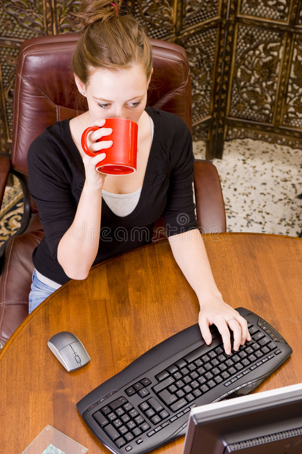 Download Woman Working On PC Keyboard And Mouse. Royalty Free Stock Images - Image: 5508559