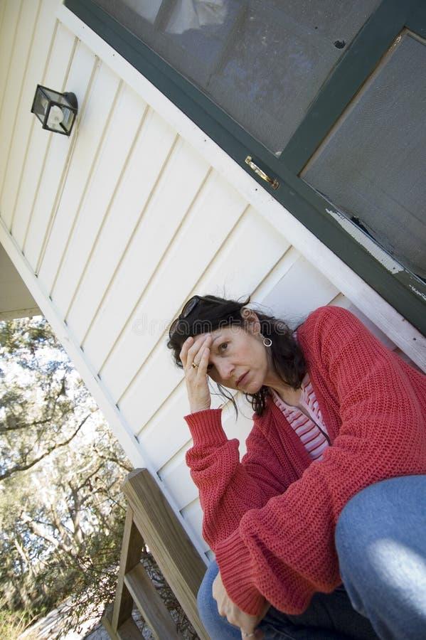 woman worrying στοκ εικόνα με δικαίωμα ελεύθερης χρήσης