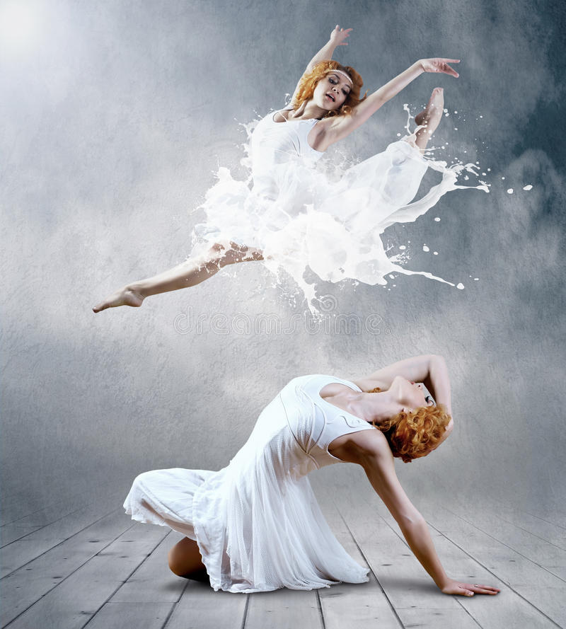 Free Womans Dancers Royalty Free Stock Photos - 19424798