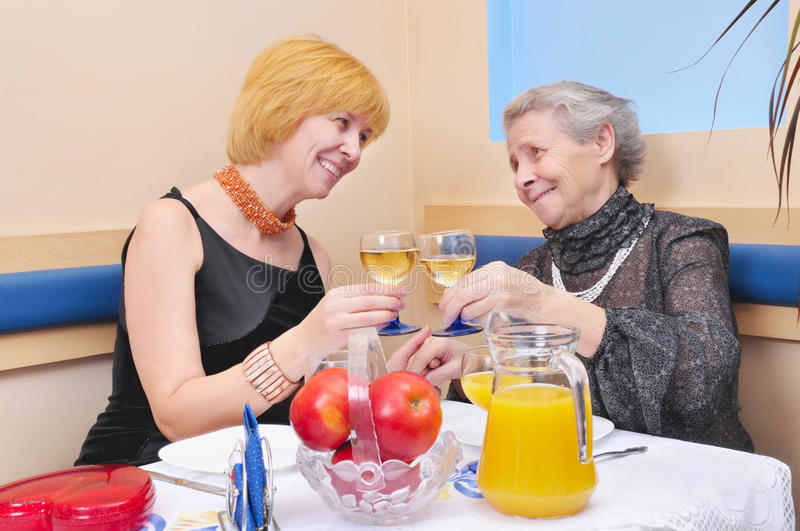 Womans Drinking Wine Royalty Free Stock Photos