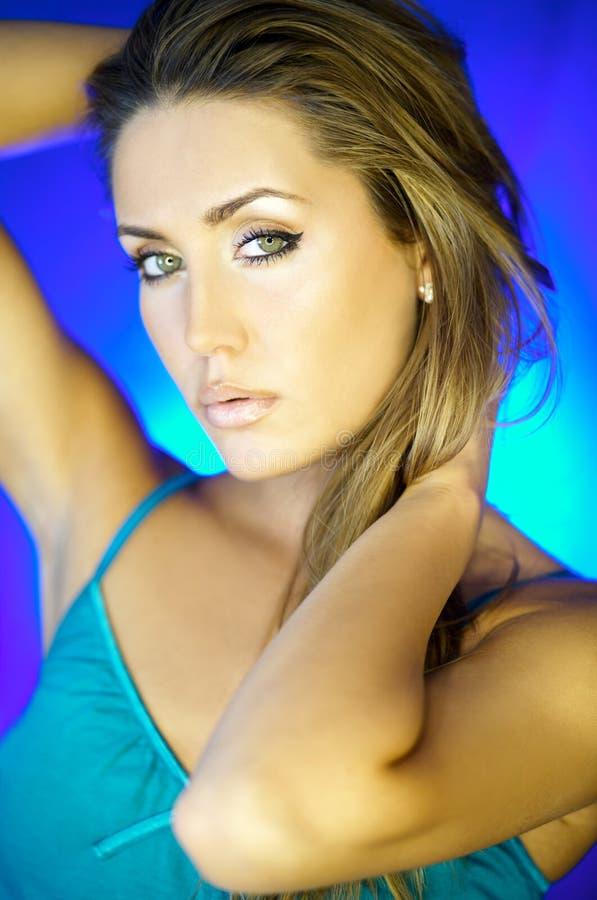 womans för stående v fotografering för bildbyråer