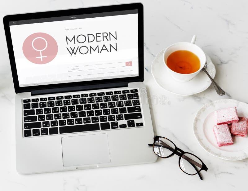 Women& x27; la libertad de la igualdad del día de s consigue concepto implicado imagen de archivo