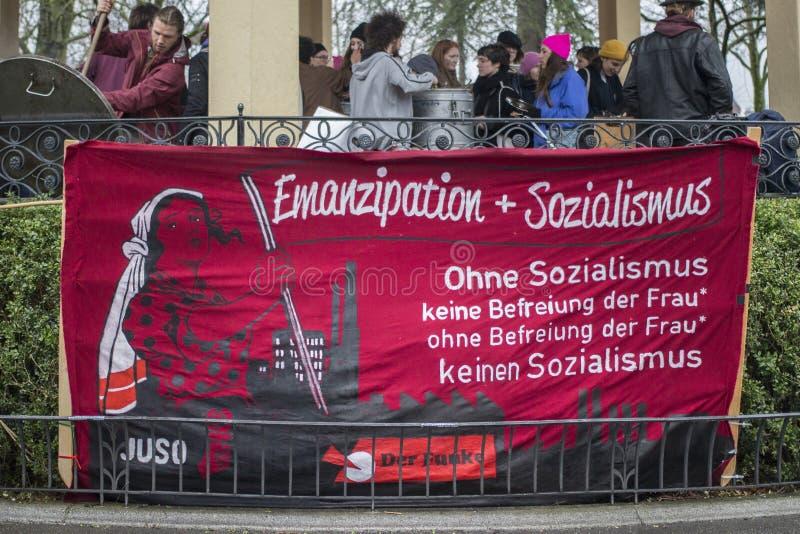Women&-x27; s dnia marsz w Zurich obrazy royalty free