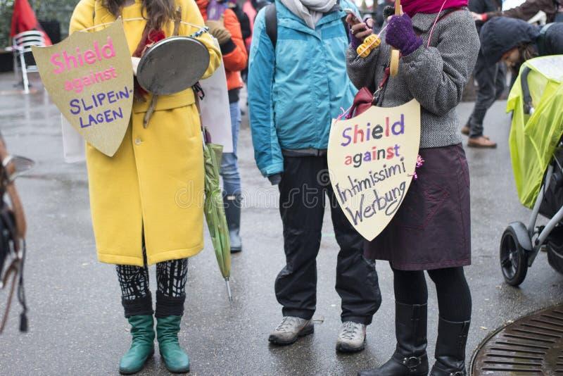Women' s-mars i Zurich royaltyfria bilder