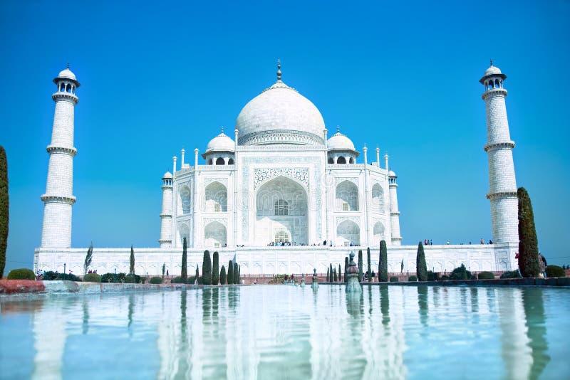 Wonder Taj Mahal van de wereld in zacht dagelijks licht stock afbeeldingen