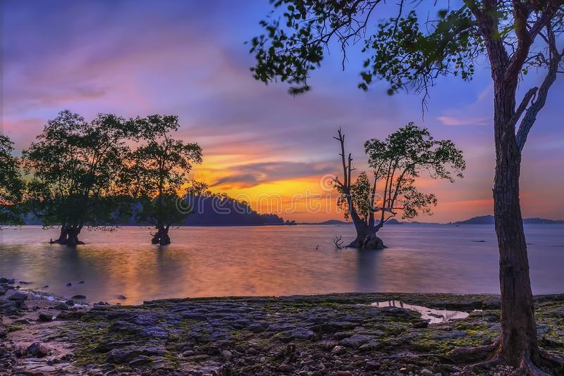 Wonderfull Indonesien för solnedgång Moment9 Batam Bintan arkivbilder