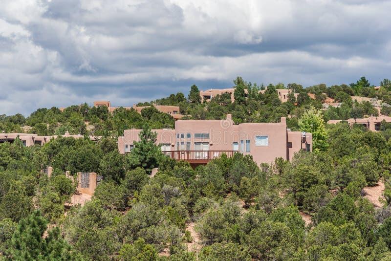 Woningbouw rond St John Universiteit in Santa Fe New Mexico stock foto's