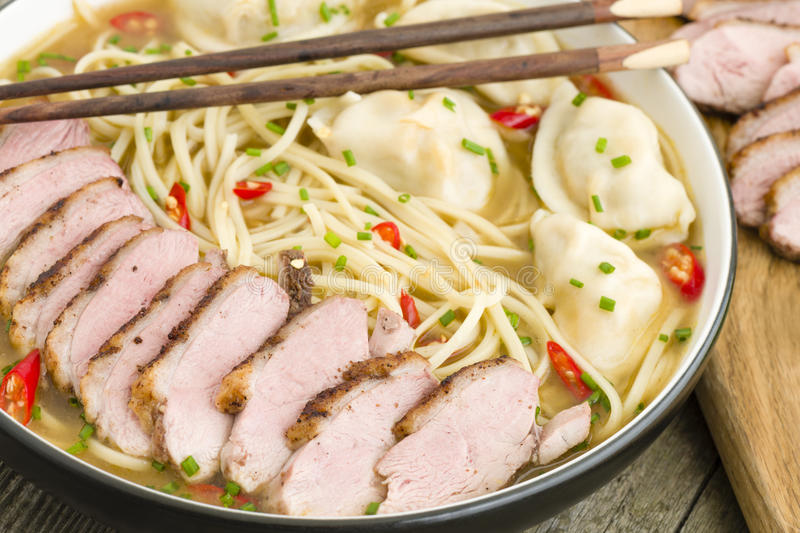 Download Wonton And Duck Noodle Soup Stock Image - Image: 37114965
