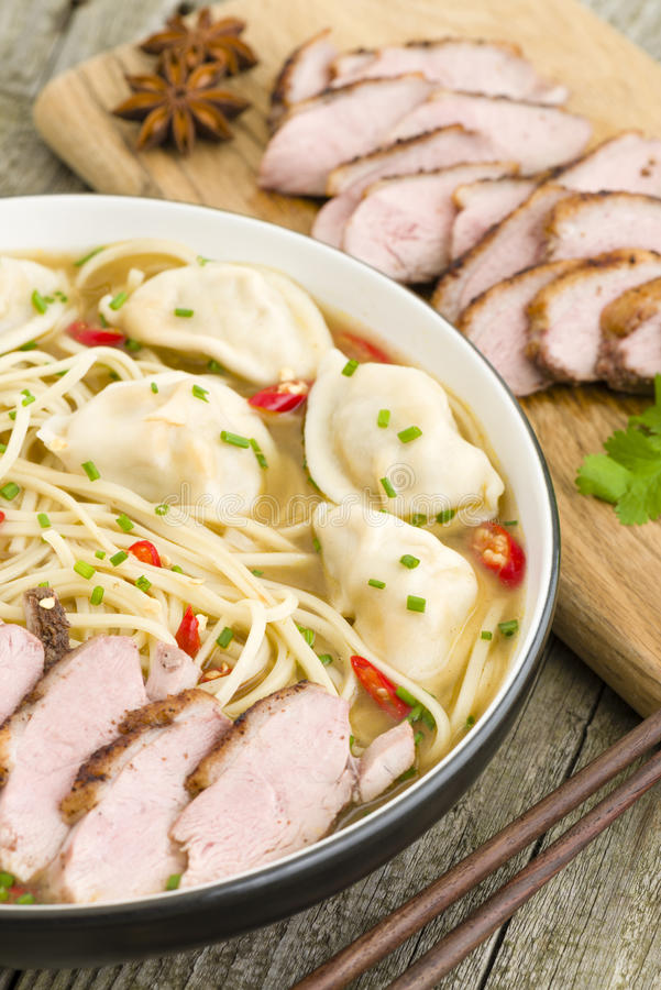 Download Wonton And Duck Noodle Soup Stock Image - Image: 37115427