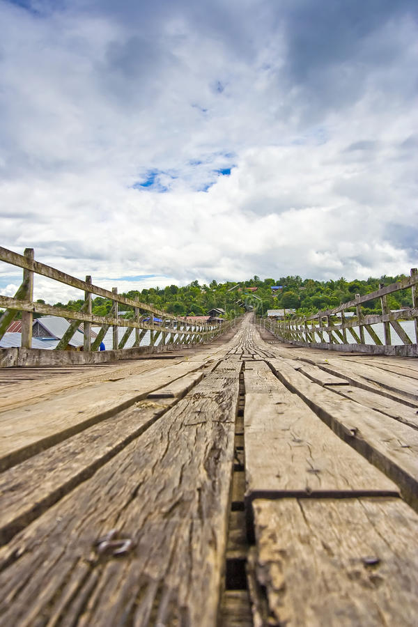 Free Wood Bridge Stock Photo - 14080990
