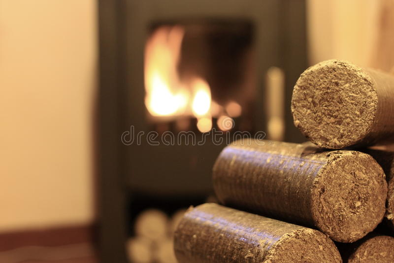Wood briketter arkivfoto