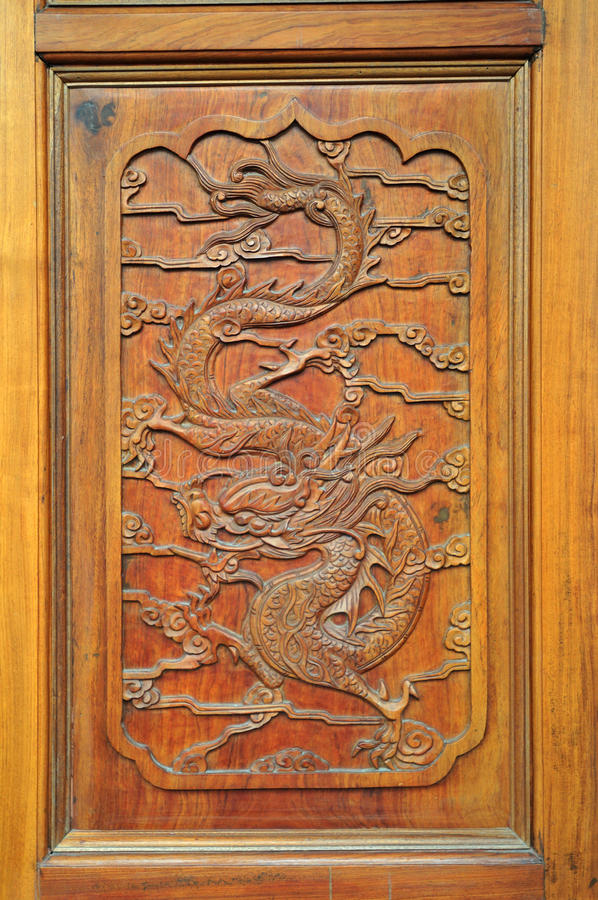 Free Wood Carving Dragon Royalty Free Stock Photo - 24134725