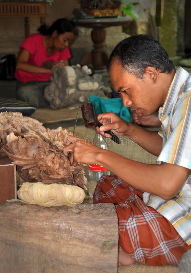 Download Wood Carving, Mas Bali Indonesia Editorial Stock Photo - Image: 21529488