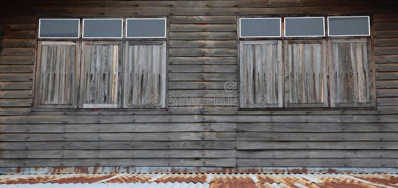 Wood hus för vägg och för dörr, gammal husvägg, Khonkaen Thailand arkivbilder