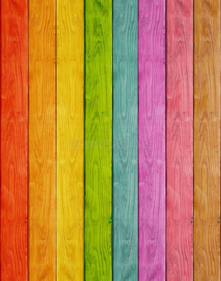 Wood plankaregnbågebakgrund royaltyfri fotografi