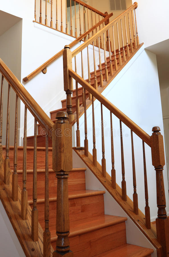 Free Wood Stairs Royalty Free Stock Photography - 22200557