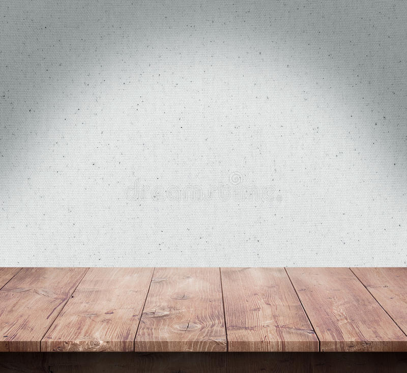 Wood tabell med tygtexturbakgrund royaltyfri bild