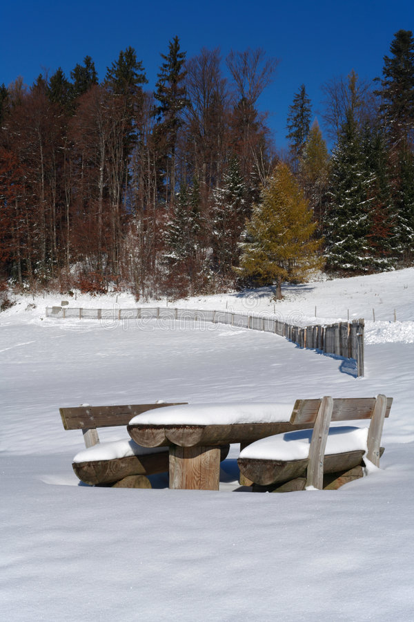Free Wood Table Under Snow Royalty Free Stock Image - 376566