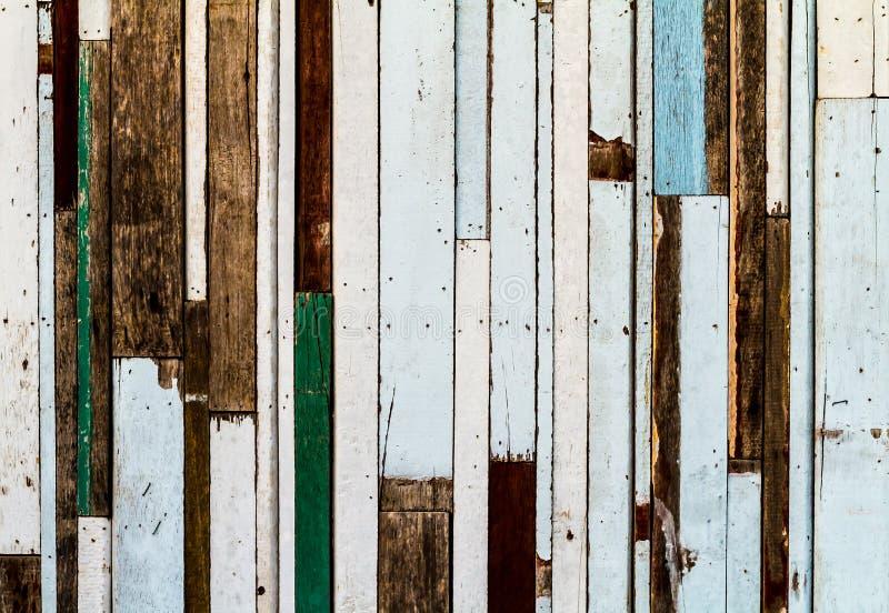 Wood textur för färgrik randig modell arkivfoto