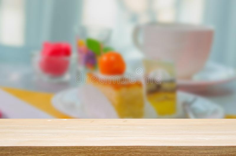 wood top table Cake on the table royalty free stock photography