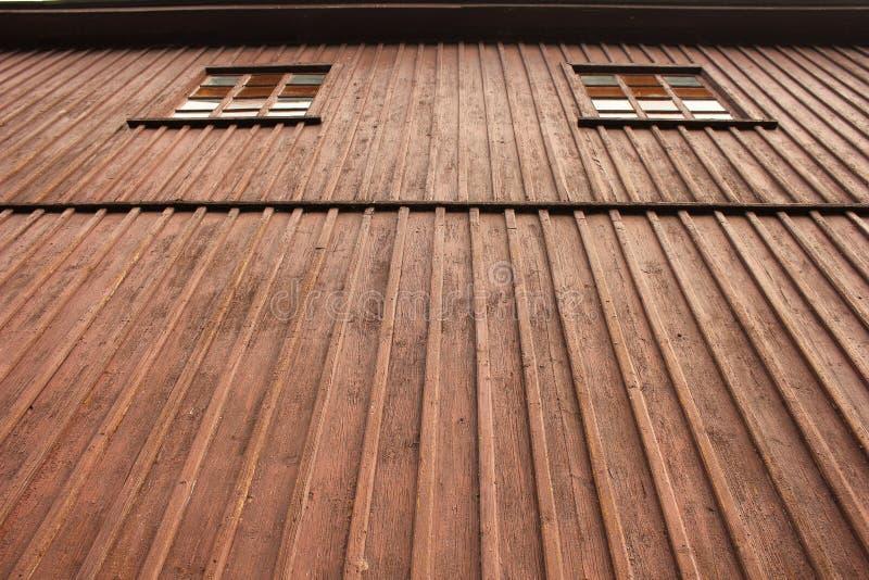 Wood vägg och fönster fotografering för bildbyråer