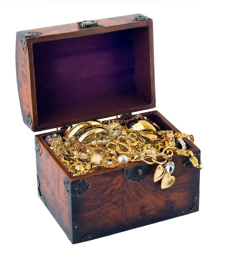 wood vintage Chest treasure jewellery gold heart frame royalty free stock images