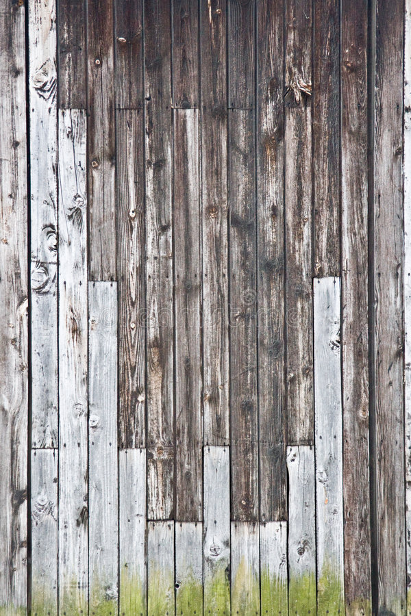 Free Wood Wall - Vertical Royalty Free Stock Image - 3058416