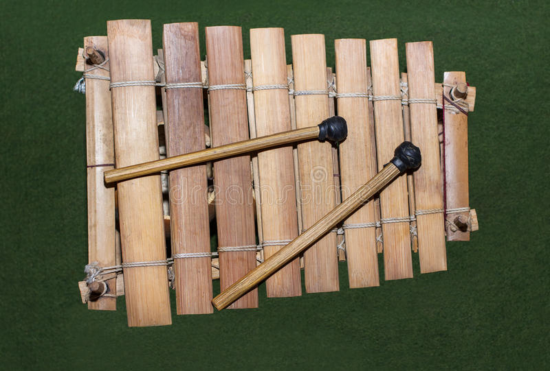 Interesting stories in Africa: The beautiful African Xylophone  |African Wooden Xylophone
