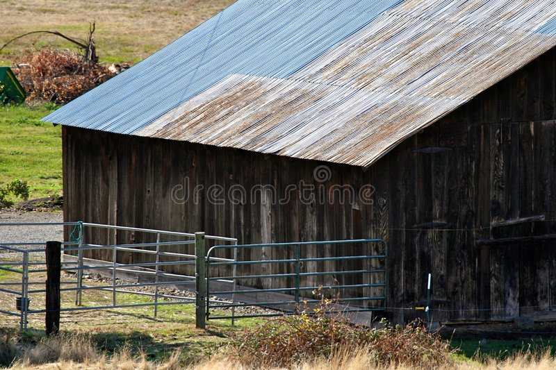 Wooden barn in countryside royalty free stock photos