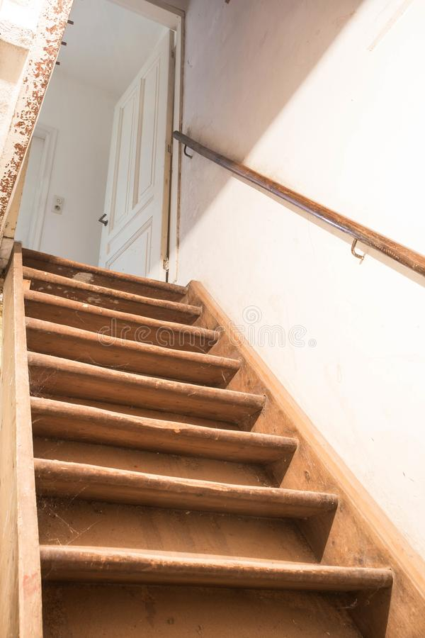 Free Wooden Basement Stairs Stock Images - 107992244