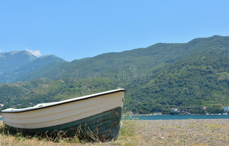 Download Wooden boat stock image. Image of boat, beach, ocean - 31804815
