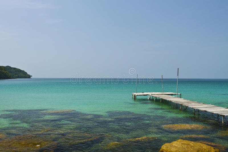 Download Wooden Bridge On The Coast Of Kood Island Stock Image - Image: 27388911